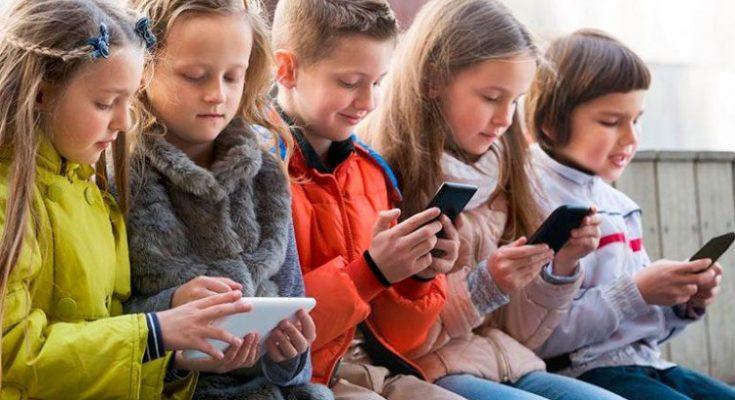 Por qué debemos limitar el uso de móviles a nuestros hijos