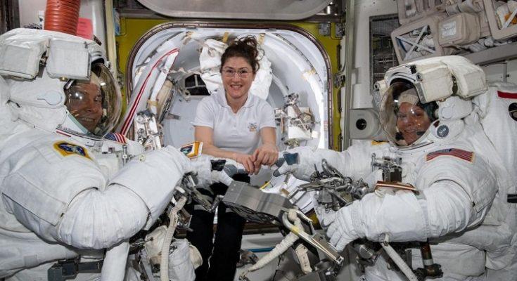 La nasa planea el primer viaje a la luna de una mujer